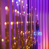 ścianka ze świecami